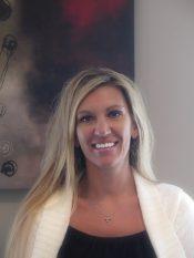 Angela : Financial Coordinator